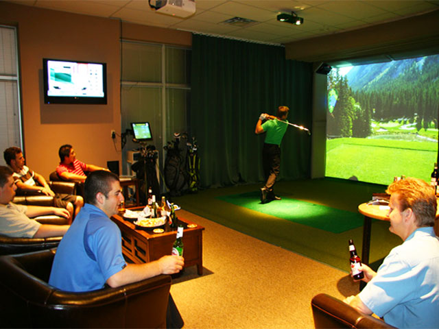 HDゴルフは、米国の有名大学ゴルフ部の練習でも活躍しています。
